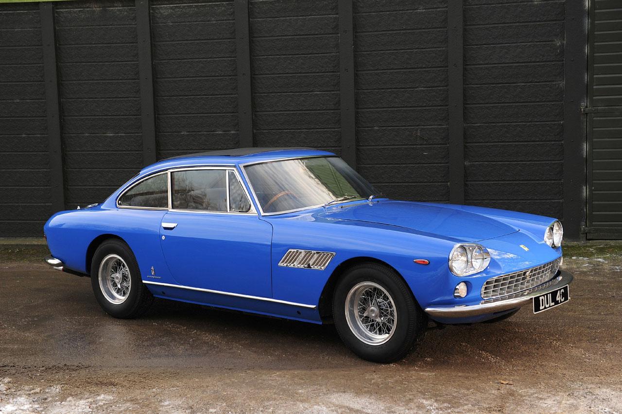 John Lennon un sahibi olduğu Ferrari 330 GT 1965 model