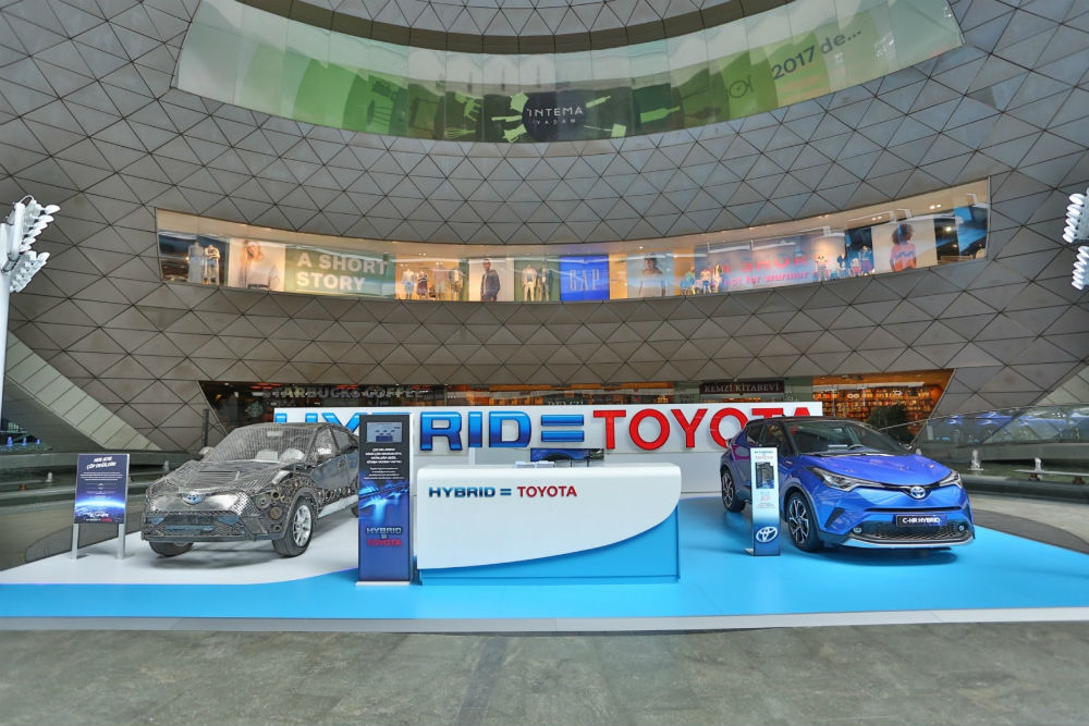 Toyota CH-R hibrit