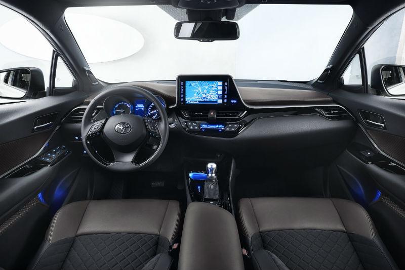 Toyota CH-R kabin