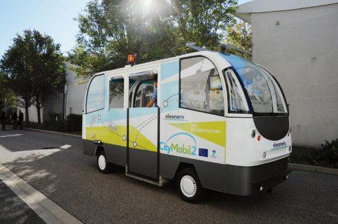 hizmete giren şoförsüz minibüs dünyada bir ilk