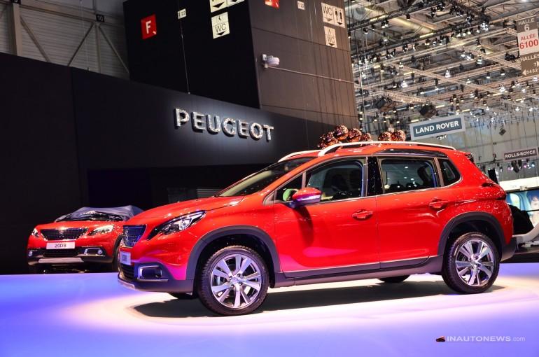 Peugeot 2008 makyajlanan haliyle Cenevre Otomobil Fuarı 2016'da