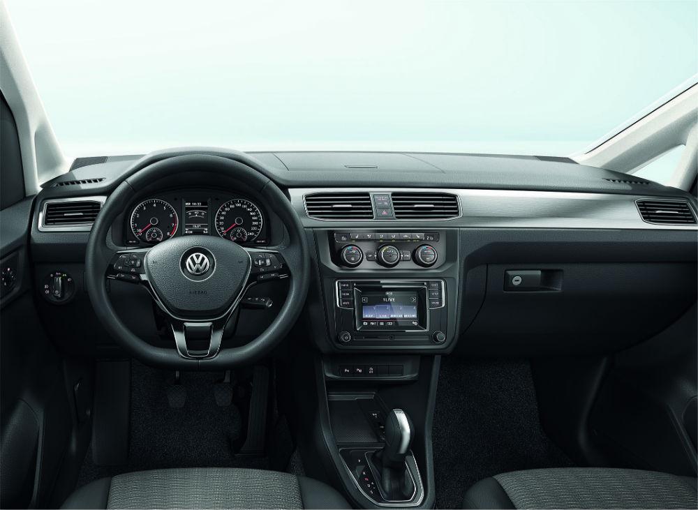 Volkswagen Caddy 4.neslinde radyo kumandalı direksiyon ve yenilenen ön konsol