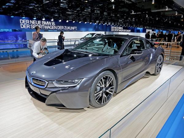 BMW i8 frankfurt Otomobil Fuarı