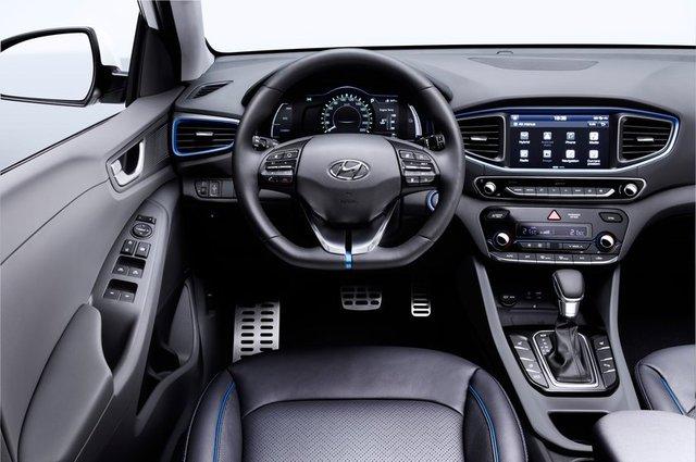 Hyundai ioniq kabin konsol direksiyon