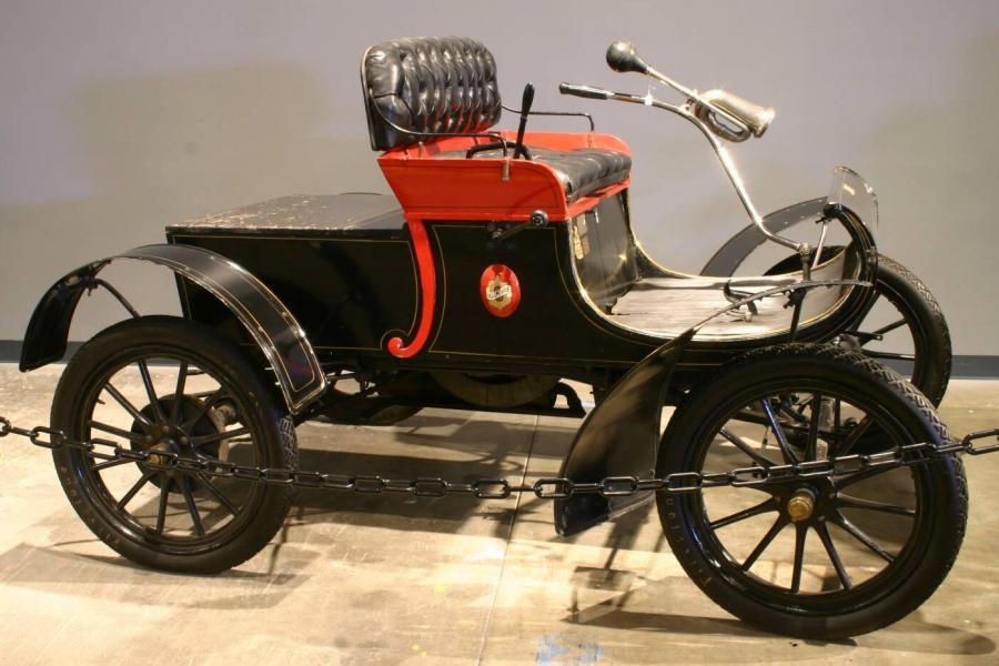 Seri üretim: Haftada 10 adetten fazla üretilebilen otomobil demekti.