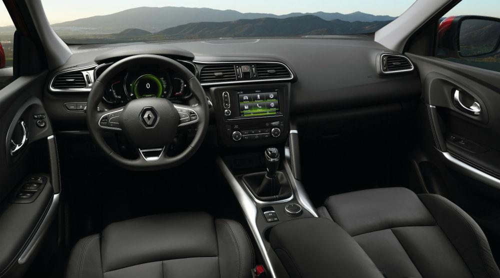 Bu ay satışa sunulan Renault Kadjar'ın iç alanı ve ön konsolu