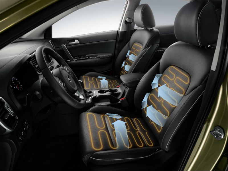 Isıtmalı sürücü ve yolcu koltukları konforu artıran unsurlardan