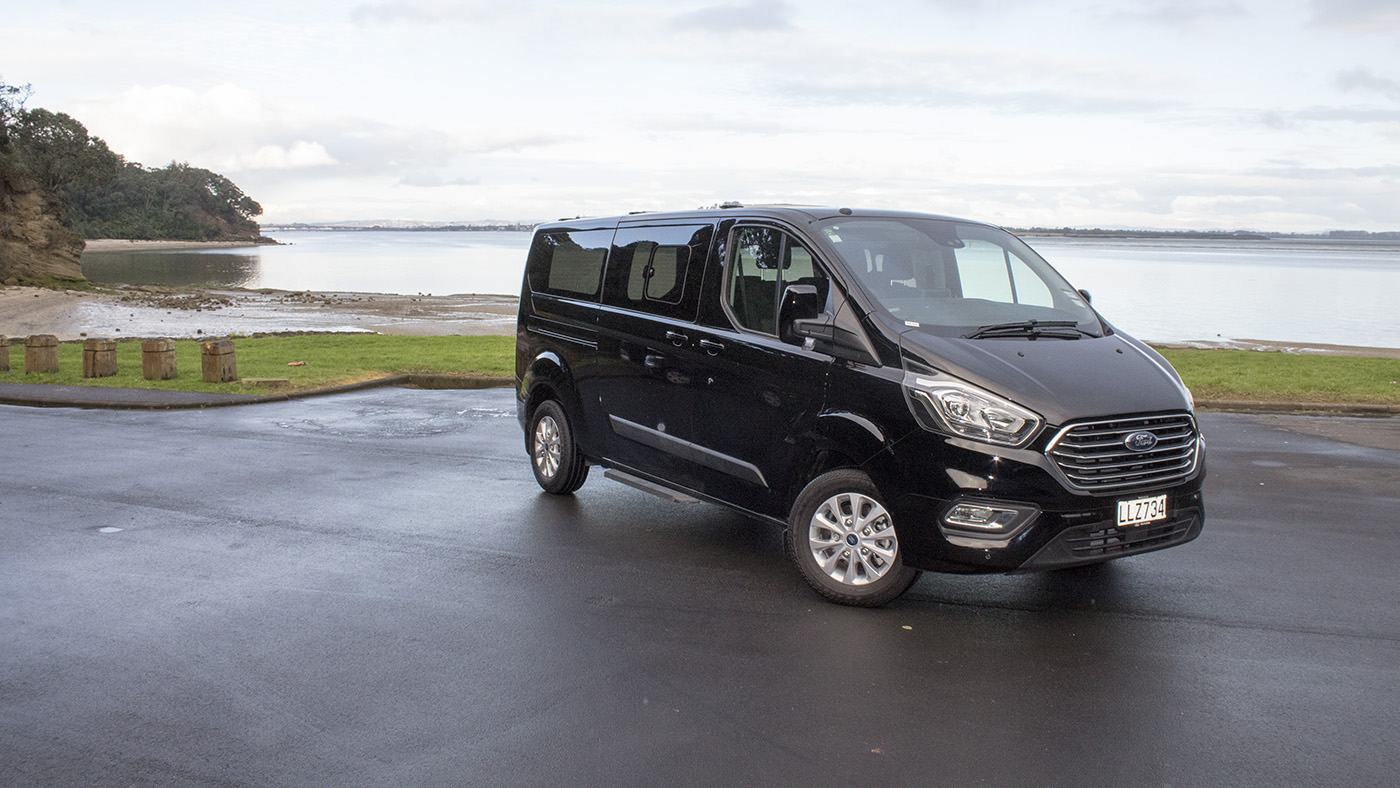 2019 model ford tourneo